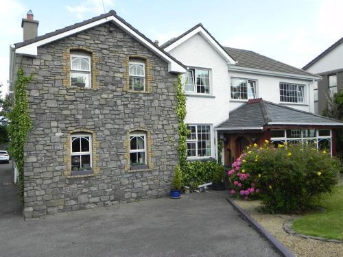 . Pearse Lodge