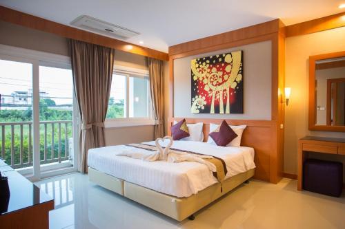 . Romantic Khon Kaen Hotel