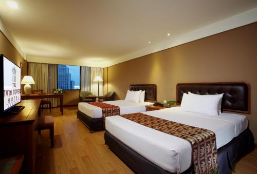 Twin Towers Hotel photo 23