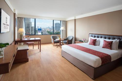 Twin Towers Hotel photo 26
