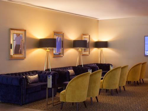 Lutecia Smart Design Hotel photo 48