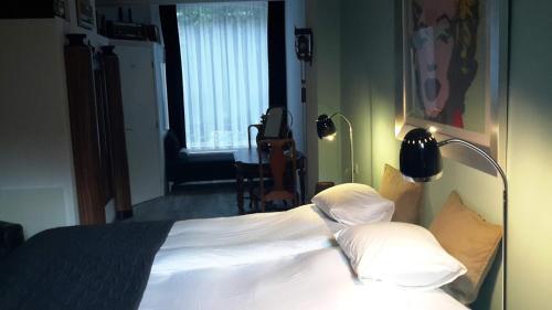 Bed & Breakfast WestViolet photo 14