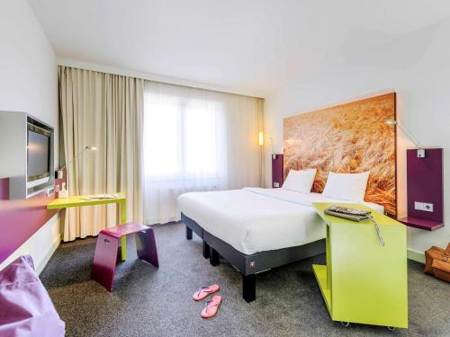 ibis Styles Hamburg Alster City photo 14