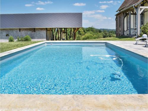 Three-Bedroom Holiday Home in Gournay-en-Bray