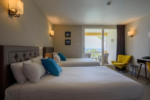 Curacao Avila Beach Hotel In Willemstad Ab 116 Trabber Hotels