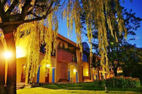 Urbanización El Carmen de Aranjuez, Tarija, Bolivia.