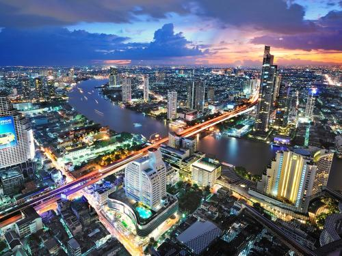 Centre Point Silom impression
