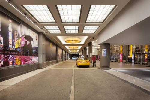 nouveau style 55ee3 5bb59 New York Marriott Marquis Hotel in NY
