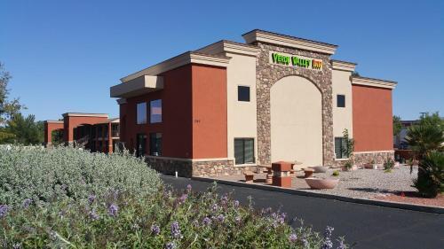 . Verde Valley Inn