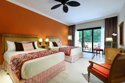 Grand Palladium Colonial, Kantenah