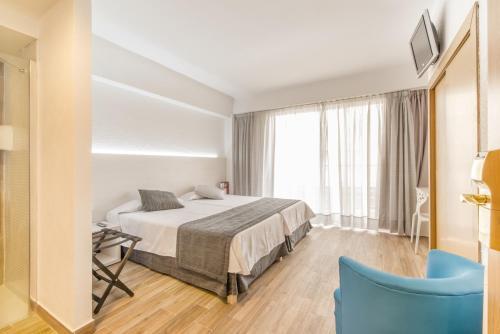 Hotel Amic Horizonte - Photo 2 of 57