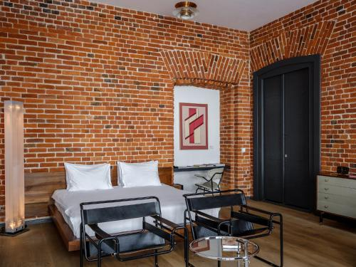 Brick Design Hotel