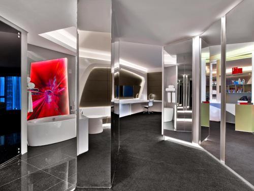 V Hotel Dubai, Curio Collection by Hilton photo 16