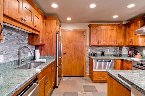 Torian Plum Creekside 519 - Steamboat Springs, CO 80487