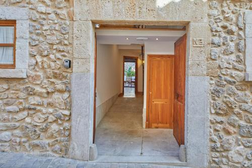 Double Room with Terrace - Annex - single occupancy Cas Comte Suites & Spa - Adults Only 7