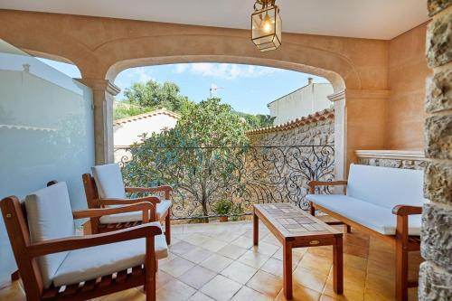 Double Room with Terrace - Annex - single occupancy Cas Comte Suites & Spa - Adults Only 5