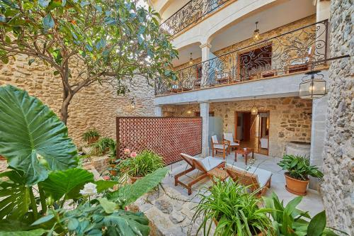 Double Room with Terrace - Annex - single occupancy Cas Comte Suites & Spa - Adults Only 2
