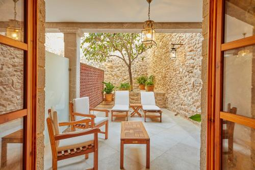 Double Room with Terrace - Annex - single occupancy Cas Comte Suites & Spa - Adults Only 37