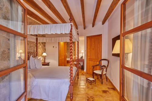 Double Room with Terrace and Spa Access - Annex - single occupancy Cas Comte Suites & Spa - Adults Only 10