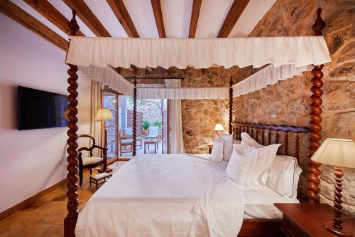 Double Room with Terrace - Annex - single occupancy Cas Comte Suites & Spa - Adults Only 19