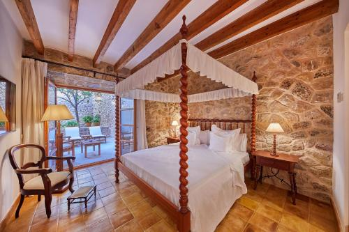 Double Room with Terrace - Annex - single occupancy Cas Comte Suites & Spa - Adults Only 4