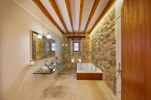 Double Room with Terrace - Annex - single occupancy Cas Comte Suites & Spa - Adults Only 14