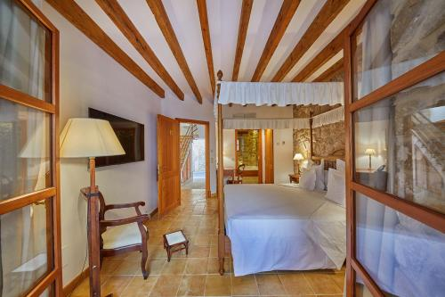 Double Room with Terrace and Spa Access - Annex - single occupancy Cas Comte Suites & Spa - Adults Only 49