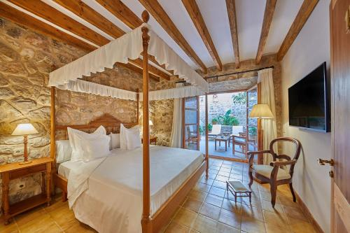 Double Room with Terrace - Annex - single occupancy Cas Comte Suites & Spa - Adults Only 1