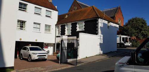 The Yard Brighton (B&B)