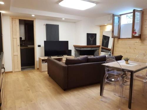 Appartamento Taverna - Apartment - Ponte di Legno