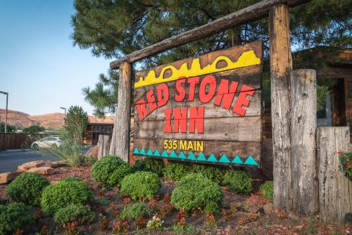 . Red Stone Inn
