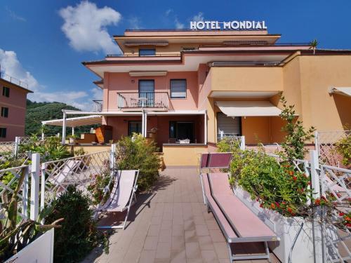. Hotel Residence Mondial