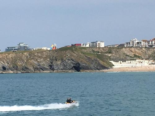 Ocean View Beach Rd, Porth, Cornwall