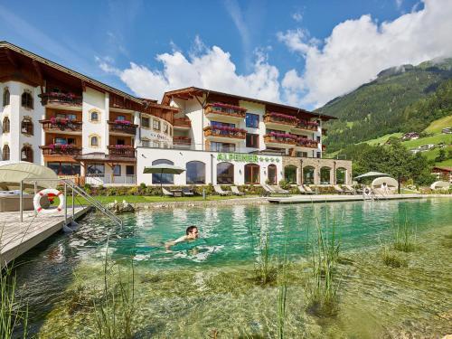 Alpeiner - Nature Resort Tirol - Hotel - Neustift im Stubaital