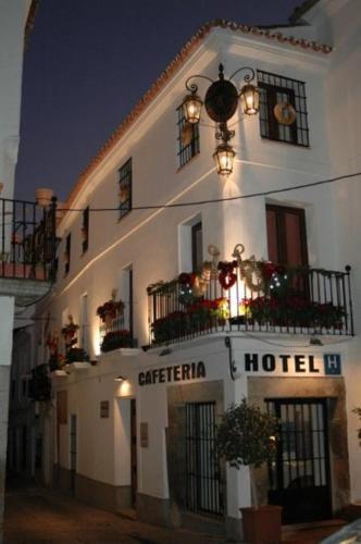 . Hotel Plaza Grande