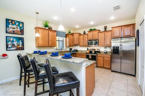 1431 Moon Valley Drive - image 3