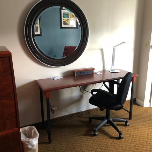 . Fireside Inn & Suites Auburn