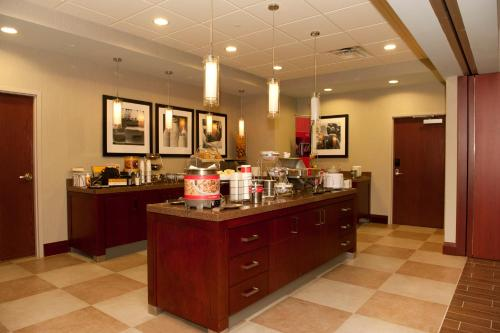 Hampton Inn by Hilton Brampton - Toronto in Brampton