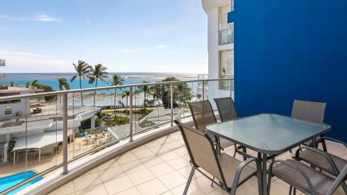 Premier Three-Bedroom Apartment with Ocean View