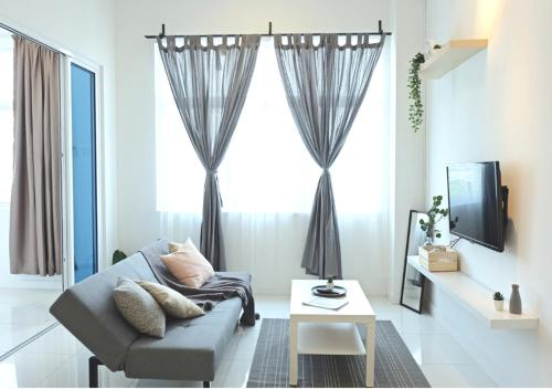 Puchong Skypod Residence, 1-5 pax Cozy Unit, Walking Distance to IOI Mall, 10min Drive to Sunway, Kuala Lumpur