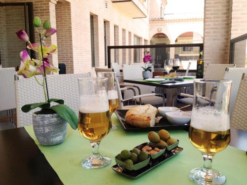 Doppelzimmer mit Zustellbett (3 Erwachsene) Hotel la Bastida 20