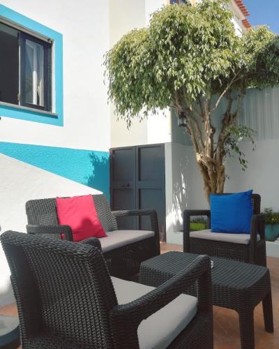 Pirata hostel Milfontes, 7645-011 Vila Nova de Milfontes