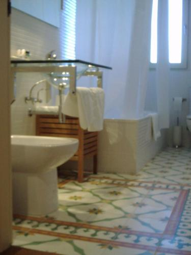 Double or Twin Room with Mountain View Hotel Santa Coloma del Camino 14
