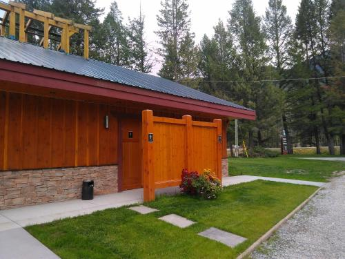 Fairmont Mountain Bungalows - Hotel - Fairmont Hot Springs