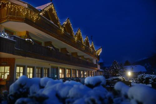 Park Hotel Bellacosta - Cavalese