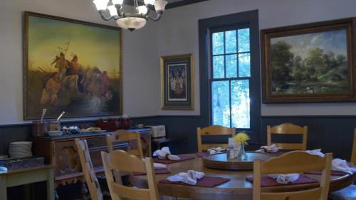 Elk Mountain Lodge - Crested Butte, CO 81224
