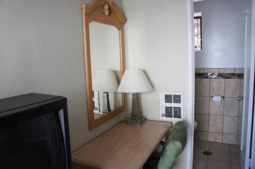 Budget Inn - Richmond, CA 94530
