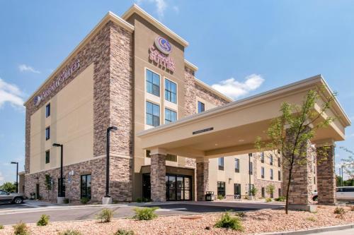 . Comfort Suites Denver near Anschutz Medical Campus