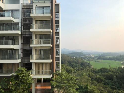 . Taishan Yihe Spring Apartment
