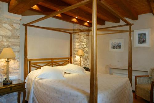 Double Room with Spa Bath Can Lluc Hotel Rural 3
